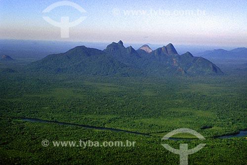 Assunto: Serra da Bela Adormecida e rio Curicuriari / Local: São Gabriel da Cachoeira -  Amazonas (AM) - Brasil / Data: Março de 2009