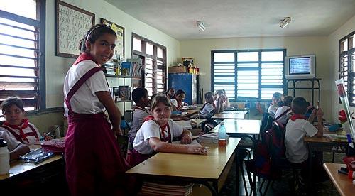 Assunto: Crianças uniformizadas na escola de Havana  / Local: Cuba / Date: outubro 2009