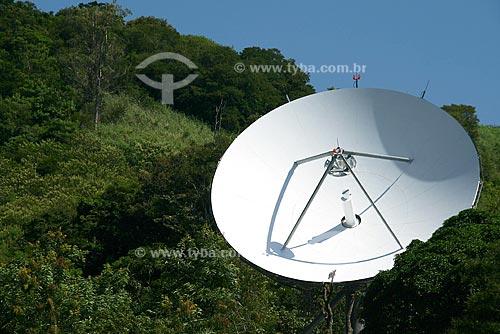 Assunto: Antena parabólica / Local: Barra de Guaratiba - Rio de Janeiro - RJ - Brasil / Data: Abril de 2009