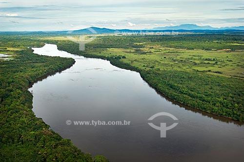 Assunto: Rio Uraricoera perto da Estação Ecológica de Maracá - Ilha de Maracá  / Local:  Roraima - Brasil  / Data: Janeiro de 2006
