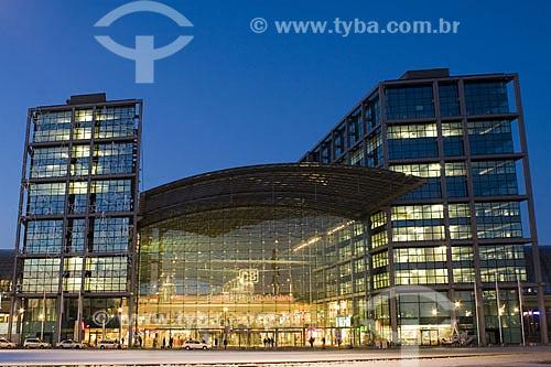 Assunto: Estação Ferroviária Central de Berlim (Berliner Hauptbahnhof), a maior estação ferroviária de interseção da Europa  / Local:  Berlim - Alemanha  / Data: 12/01/2009