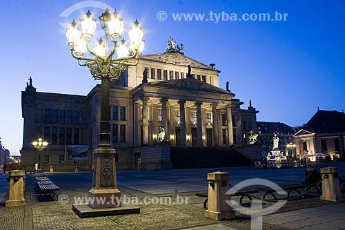 Assunto: O Konzerthaus é uma casa de concertos localizada na Praça Gendarmenmarkt, em Berlin  / Local:  Berlin - Alemanha  / Data: 25/01/2009