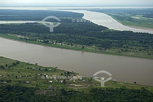 Assunto: Margem esquerda do rio Amazonas  / Local:  Rio Preto da Eva - Amazonas (AM) - Brasil  / Data: 11/2007