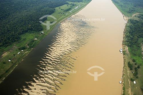 Assunto: Vista aérea da boca do rio Madeira  / Local:  Amazonas (AM) - Brasil  / Data: 11/2007