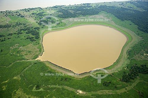 Assunto: Lago de várzea amazônica, da margem direita do rio Amazonas, entre Manaus e a boca do rio Madeira  / Local:  Amazonas (AM) - Brasil  / Data: 11/2007