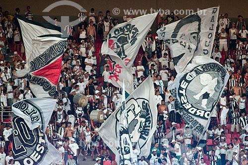 Assunto: Torcida do clube Atlético Mineiro durante partida entre Internacional x Atlético Mineiro no Estádio Governador Magalhães Pinto (Mineirão) / Local: Belo Horizonte - Minas Gerais (MG) - Brasil / Data: 22/11/2009