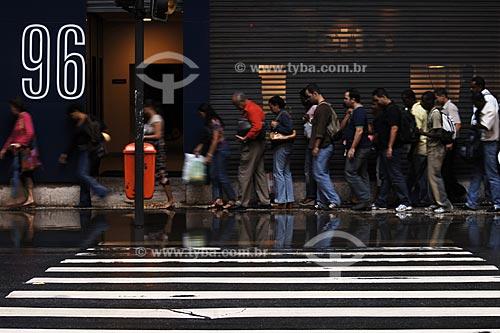 Assunto: Vazamento de esgoto na avenida Marechal Floriano, antiga rua Larga  / Local:  Rio de Janeiro - RJ - Brasil  / Data: 03/2008