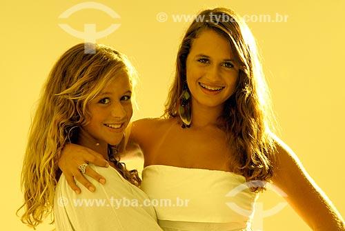 Assunto: Julia e Carolina Saboya  / Local:  Rio de Janeiro - RJ - Brasil  / Data: 08/2008