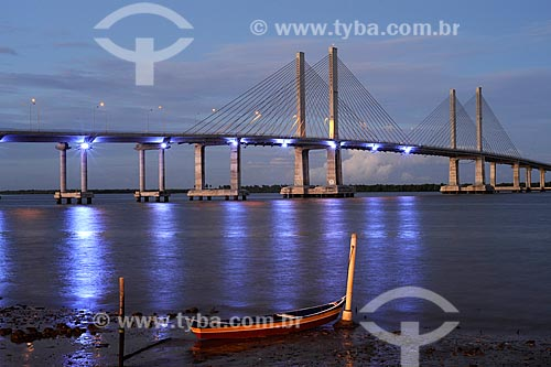 Assunto: Vista noturna da ponte Aracaju-Barra (Ponte Construtor João Alves) sobre o rio Sergipe / Local: Aracaju - Sergipe (SE) - Brazil / Data: junho 2009