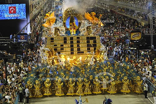 Assunto: Desfile da Escola de Samba Unidos de Vila Isabel  / Local:  Rio de Janeiro - RJ - Brasil  / Data: 02/2010