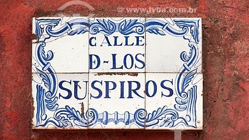 Azulejos da Calle de los Suspiros (Rua dos Suspiros), rua tipicamente portuguesa, com casas pertencendo ao primeiro período colonial