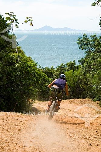 Assunto: Competição de mountain bike four cross no Parque Unipraias  / Local:  Balneário Camboriú - Santa Catarina (SC) - Brasil  / Data: 01/2010