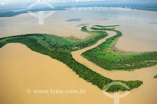 Assunto: Lago da várzea do rio Madeira, a oeste de Nova Olinda do Norte  / Local:  Amazonas (AM) - Brasil  / Data: 11/2007