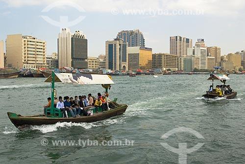 Assunto: Transporte público feito em pequenas embarcações (Abras) na Baía de Creek  / Local:  Dubai - Emirados Árabes  / Data: Janeiro 2009