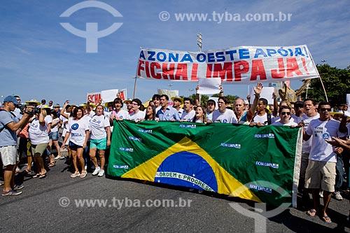 Assunto: Manifestação na Avenida Atlântica de Copacabana a favor do projeto de lei