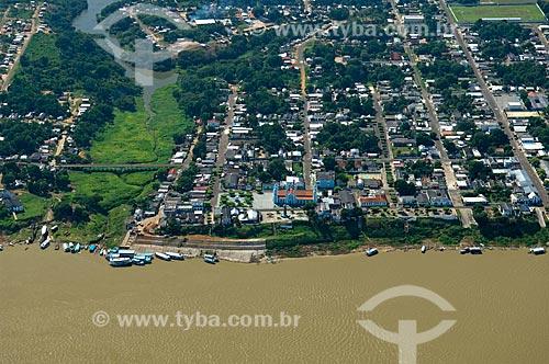 Assunto: Vista aérea da cidade de Borba, na margem direita do rio Madeira  / Local:  Amazonas (AM) - Brasil  / Data: 03/11/2007