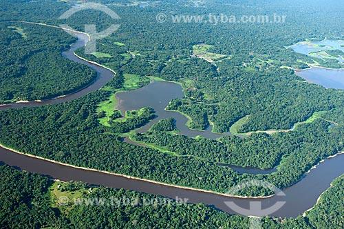 Assunto: Lago amazônico, entre os rios Solimões e Madeira  / Local:  Entre os municípios de Careiro e Nova Olinda do Norte - Amazonas (AM) - Brasil  / Data: 11/2007