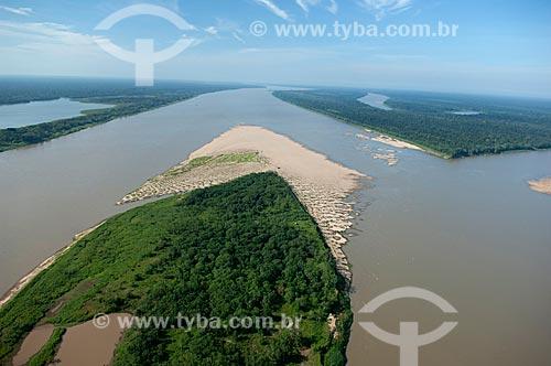 Assunto: Vista aérea de Ilha no rio Madeira e sua várzea  / Local:  Município de Borba - Amazonas (AM) - Brasil  / Data: 11/2007