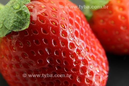 Assunto: Detalhe em macro de morangos / Local: Estudio / Data: 06/06/2010