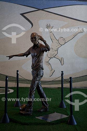 Assunto: Estátua em homenagem ao jogador, comentarista e técnico de futebol João Saldanha projetada pelo escultor e cartunista Ique no Estádio Jornalista Mário Filho -  Maracanã  / Local:  Rio de Janeiro - RJ - Brazil  / Data: 06/2010