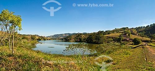 Assunto: Um dos lagos artificiais que enfeitam os arredores de Lindóia, cidade balneária  / Local:  Lindóia - São Paulo - SP - Brasil  / Data: 07/2010