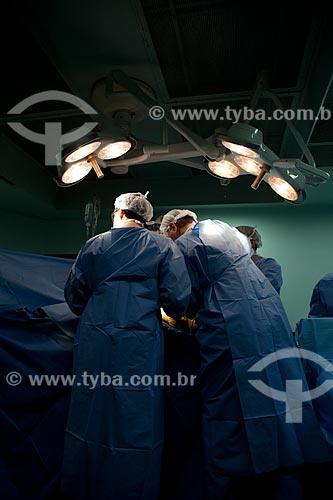 Assunto: Instituto Nacional de Traumatologia e Ortopedia (INTO) - Cirurgia de implante ósseo  / Local:  R. Washington Luis 61 - Centro - Rio de Janeiro - RJ - Brasil  / Data: 23/08/2010