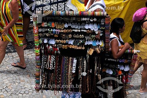 Assunto: Camelô - Venda de artesanato  / Local:  Ipanema - Rio de Janeiro - RJ - Brasil  / Data: 01/2009