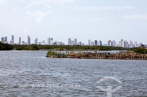 Assunto: Ilha de Deus com prédios da Praia de Boa Viagem ao fundo   / Local:  Recife - Pernambuco  / Data: 14/10/2010