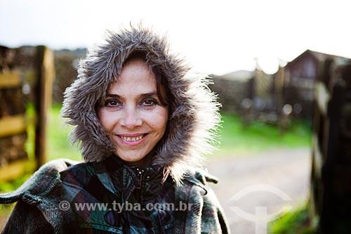 Assunto: Mulher de casaco de peles  / Local:  Campos de Cima da Serra - Rio Grande do Sul - RS - Brasil  / Data: 09/2010