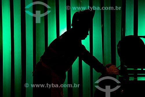 Assunto: Soldagem industrial  / Local:  Rio de Janeiro - RJ - Brasil  / Data: 09/2010