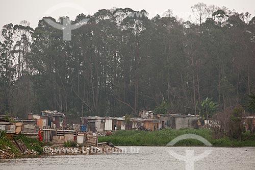 Assunto: Vila Any às margens do Rio Tietê  / Local:  São Paulo  / Data: 10/2010