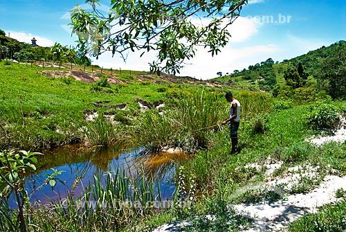 Assunto: Cabeceira do Rio Jequitinhonha  / Local:  Estrada de Serro a Diamantina acompanhando a antiga Estrada Real - Minas Gerais - MG  / Data: 12/ 2009