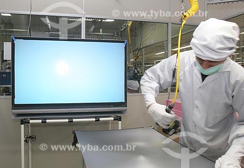 Assunto: Linha de montagem de televisores da Sony  / Local:  Manaus - Amazonas - AM  / Data: 2006