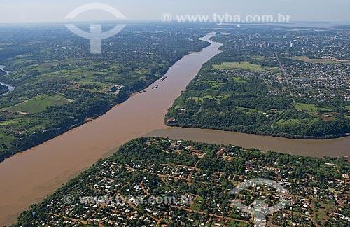 Assunto: Tríplice fronteira - Foz do Iguaçu - Brasil, Ciudad del Este - Paraguai e Puerto Iguazu - Argentina  / Local:  Foz do Iguaçu - Paraná - PR  / Data: 11/2009