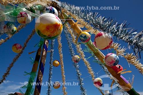 Assunto: Bolas em árvore de Natal  / Local:  Maceió - Alagoas - AL  / Data: 2011