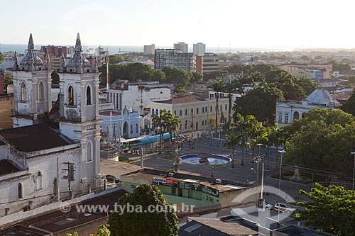 Assunto: Vista de Maceió com Igreja dos Martírios em primeiro plano  / Local:  Alagoas - AL  / Data: 2011