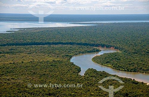 Assunto: Vista aérea do Lago Ipavú - Rio Kuluene - Parque Indígena do Xingu  / Local:  Querência - Mato Grosso - MT  / Data: 07/2009
