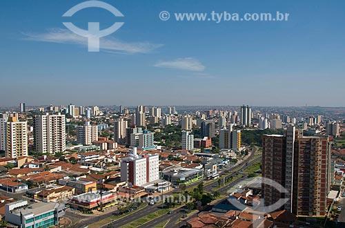 Assunto: Vista geral da cidade de Baurú com a Avenida Nações Unidas a frente  / Local:  Baurú - São Paulo - SP  / Data: 04/2010