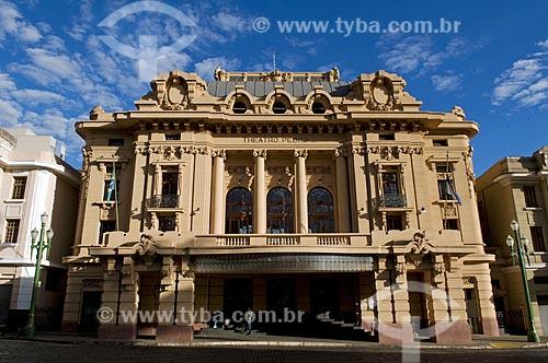 Assunto: Fachada do Teatro Pedro II da cidade de Ribeirão Preto  / Local:  Ribeirão Preto - São Paulo - SP  / Data: 08/2009