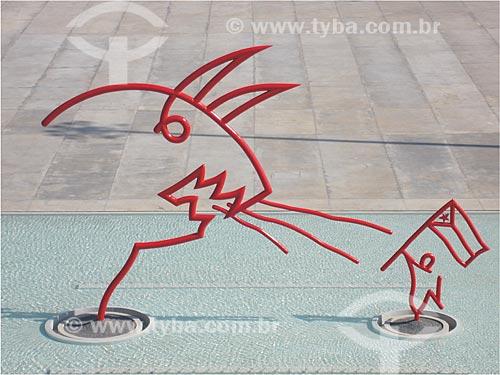 Assunto: Escultura de Oscar Niemeyer em Cuba - Alegoria da resistência cubana frente ao Imperialismo  / Local:  Havana - Cuba  / Data: 2008