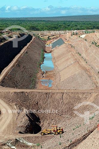 Assunto: Vista áerea de Canal de aproximação - Projeto de Integração do Rio São Francisco com as bacias hidrográficas do Nordeste Setentrional  / Local: Floresta - Pernambuco (PE) - Brasil / Data: 08/2010
