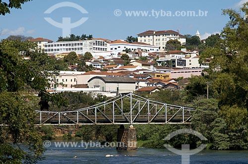 Assunto: Ponte Euclides da Cunha sob o Rio Pardo  / Local: São José do Rio Pardo - São Paulo (SP) - Brasil  / Data: 08/2009
