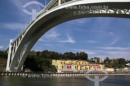 Assunto: Ponte da Arrábida - ligação entre as cidades do Porto e Vila Nova de Gaia / Local: Porto - Portugal - Europa / Data: 03/2011