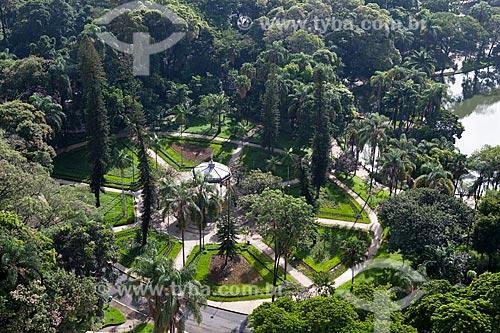 Assunto: Parque Municipal Américo Renné Giannetti  Idealizado pelo engenheiro Aarão Reis e projetado pelo arquiteto francês Paul Villon foi inspirado nos parques franceses da Belle époque. Criado em 1897 e é o primeiro jardim público da capital mineira / Local: Centro de Belo Horizonte - Minas Gerais - MG - Brasil / Data: 03/2011