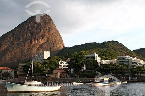 Assunto: Barcos no Quadrado da Urca, uma marina informal no Bairro da Urca com o Pão de Açúcar ao fundo / Local: Rio de Janeiro  -   Rio de Janeiro (RJ)  -  Brasil  / Data: 02/2011