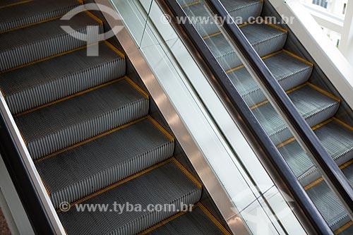 Assunto: Escadas rolantes em shopping / Local: Rio de Janeiro (RJ) - Brasil / Data: 03/2011