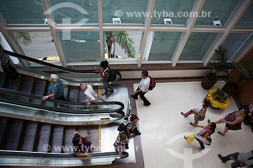Assunto: Escadas rolantes do Botafogo Praia Shopping / Local: Botafogo - Rio de Janeiro (RJ) - Brasil / Data: 03/2011