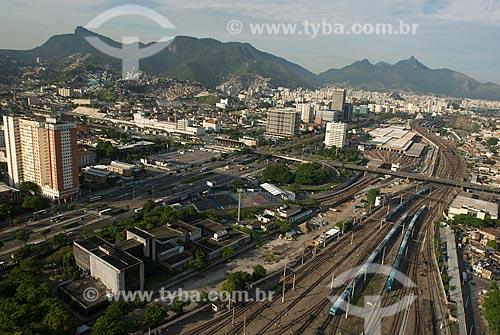 Assunto: Vista aérea da Avenida Presidente Vargas e da linha de trem da Central do Brasil / Local: Centro - Rio de Janeiro (RJ) - Brasil  / Data: 11/2009