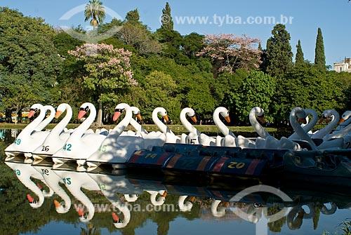 Assunto: Pedalinhos em forma de cisne no Parque Farroupilha / Local: Porto Alegre - Rio Grande do Sul (RS) - Brasil / Data: 03/2008