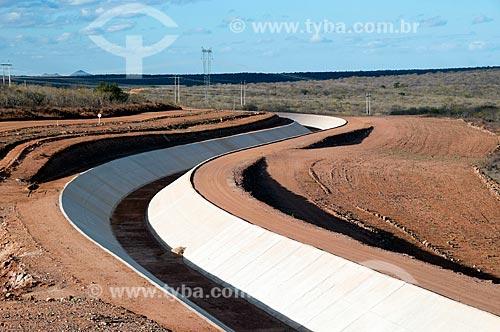 Assunto: Canal de irrigação - Projeto de Integração do Rio São Francisco com as bacias hidrográficas do Nordeste Setentrional / Local: Floresta - Pernambuco (PE) - Brasil / Data: 08/2010